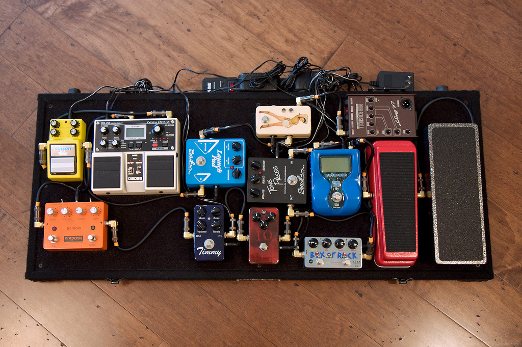 Pedal Board/ tips on building pedals
